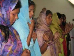 Pakistani Christian woman threatened by Muslim salon owner