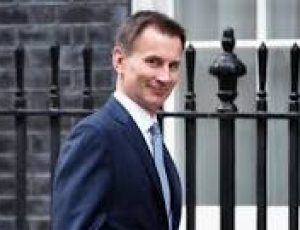 Jeremy Hunt orders review into persecution of Christians